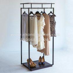 Напольная металлическая стойка для одежды